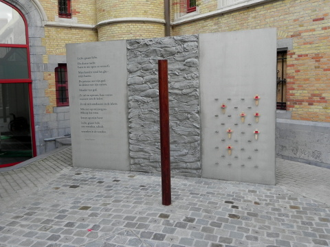 Poperinge town hall yard