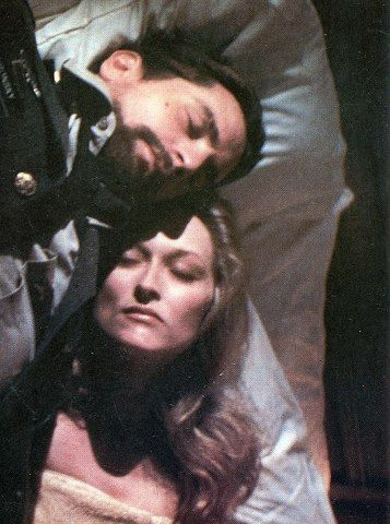 Robert De Niro & Meryl Streep - The Deer Hunter - Michael Cimino