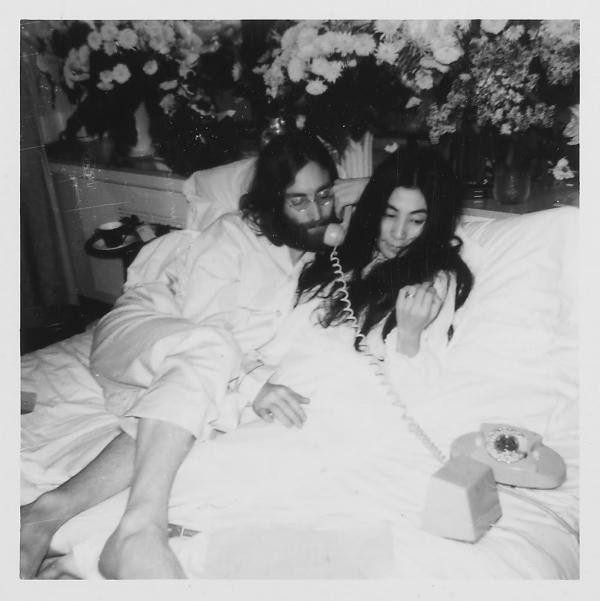 John Yoko Bed1