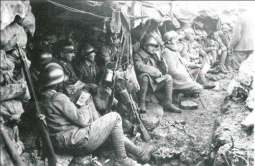 Soldati italiani al fronte