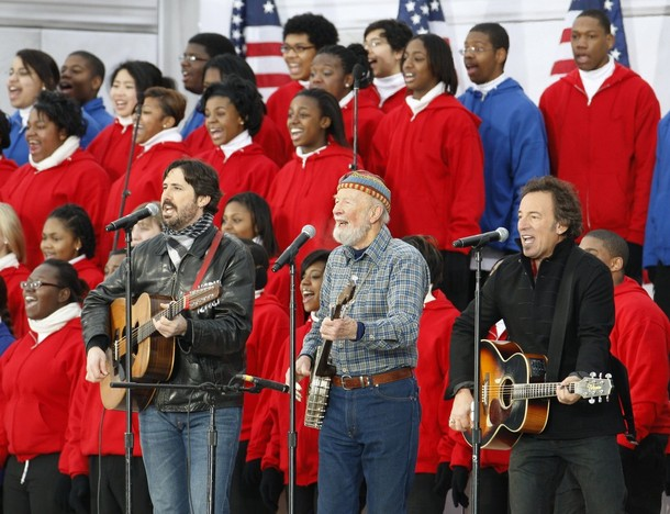 Tao Rodríguez-Seeger, Pete Seeger and Bruce Springsteen - This Land Is Your Land - We Are One: The Obama Inaugural Celebration at the Lincoln Memorial January 18, 2009.